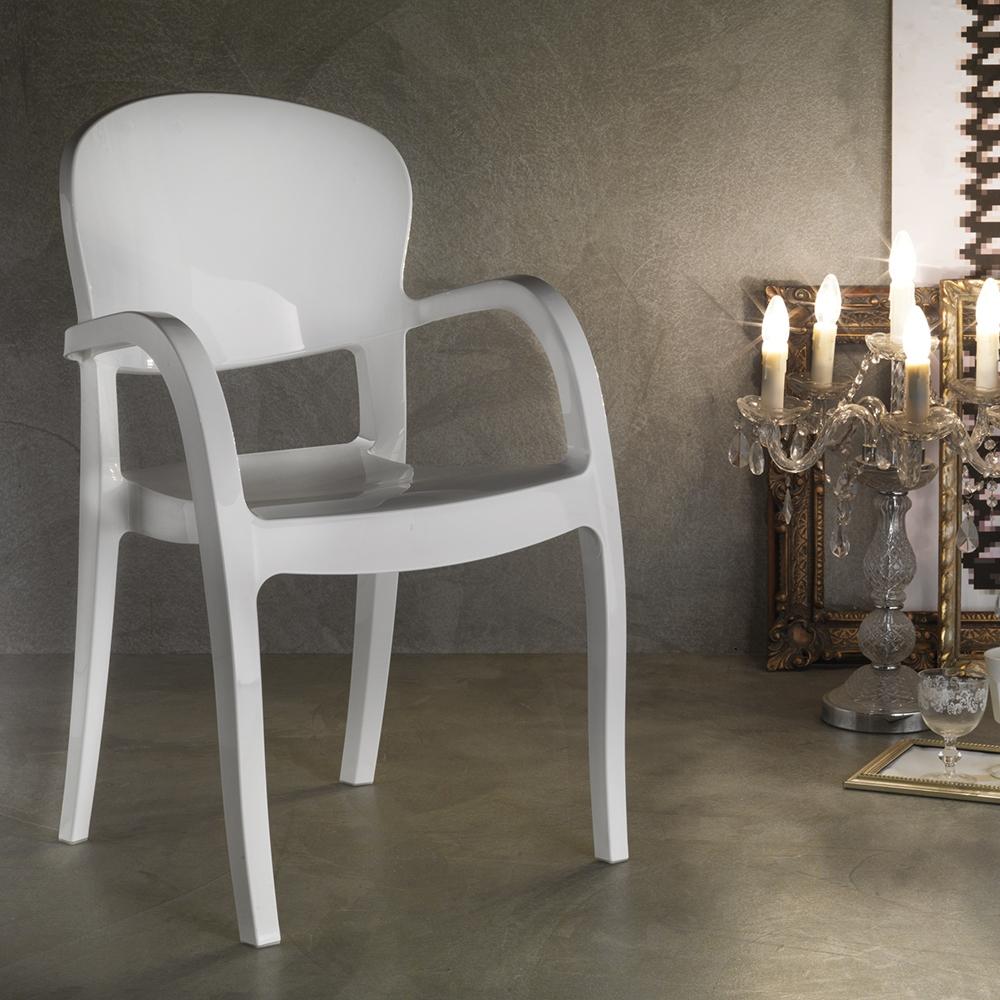 Sedia la seggiola gemini plastica design con braccioli for Sedie design con braccioli
