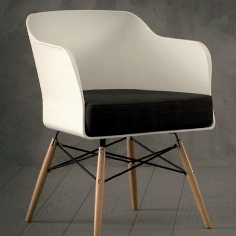 Sedia la seggiola nordika plastica design poltroncina for La sedia nel design