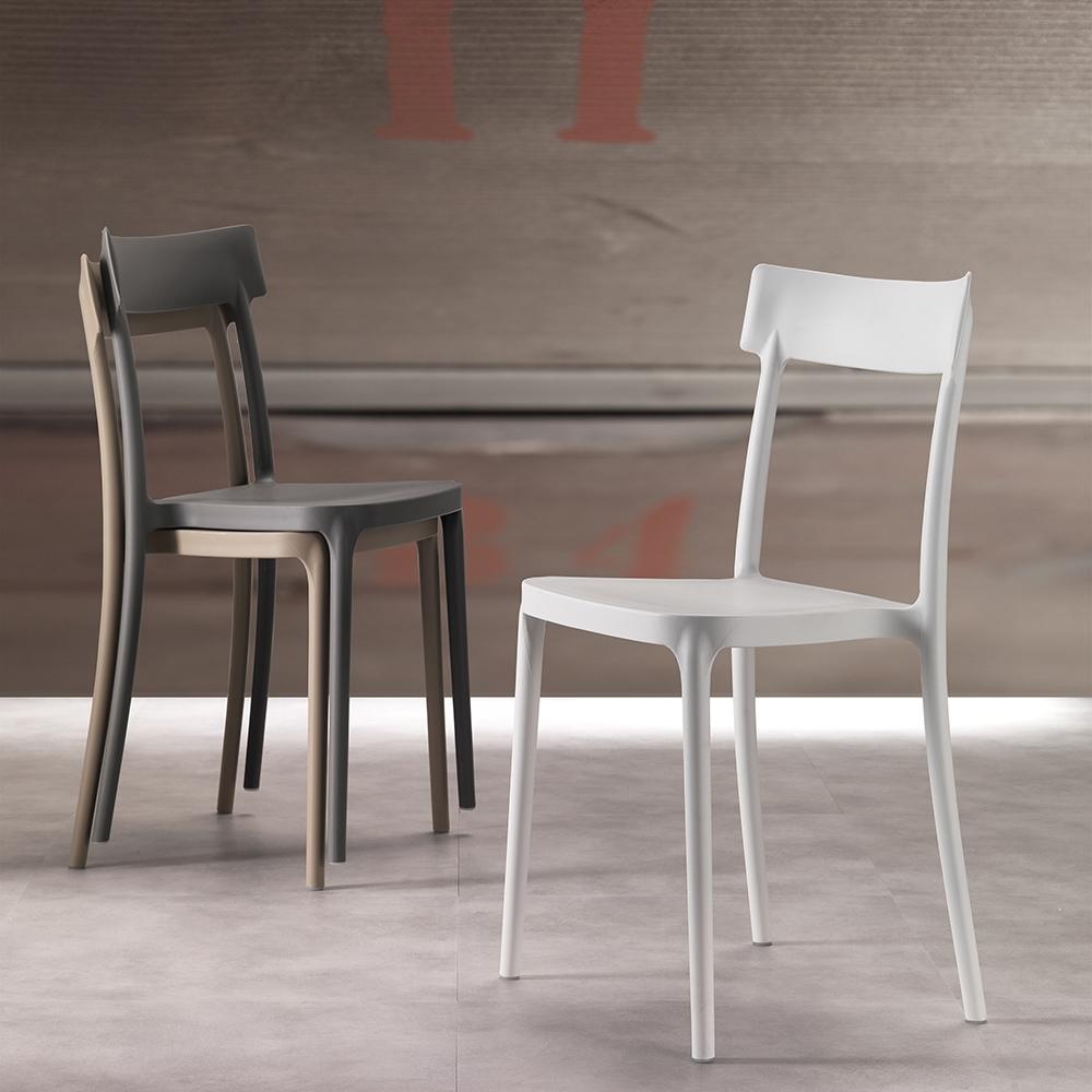 Sedia laseggiola modello corsocomo sedie a prezzi scontati for Vendita sedie cucina