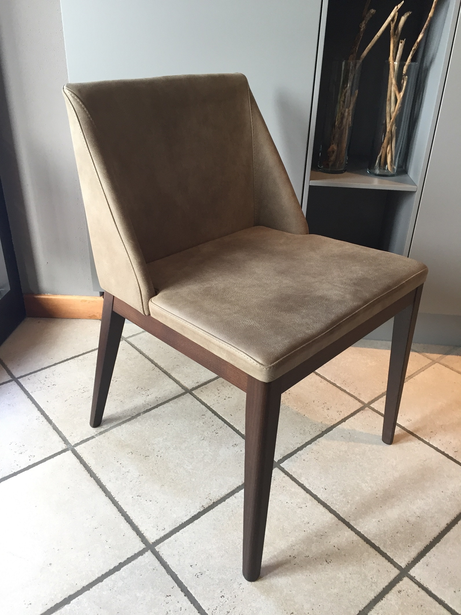 Sedia lolita ditta tomasella scontata del 40 sedie a for Sedie costo
