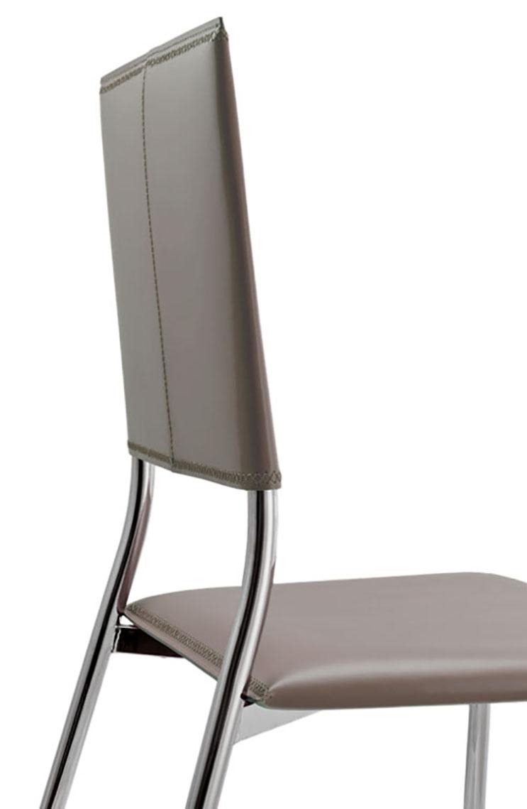 Sedia in metallo e cuoio rigenerato modello rosa sedie a for Sedia rosa