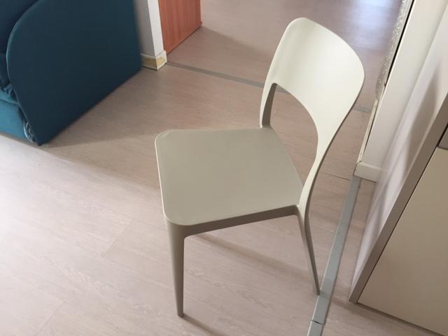 Vendita sedie bologna trendy sedia saintropez calligaris for Vendita online sedie ufficio
