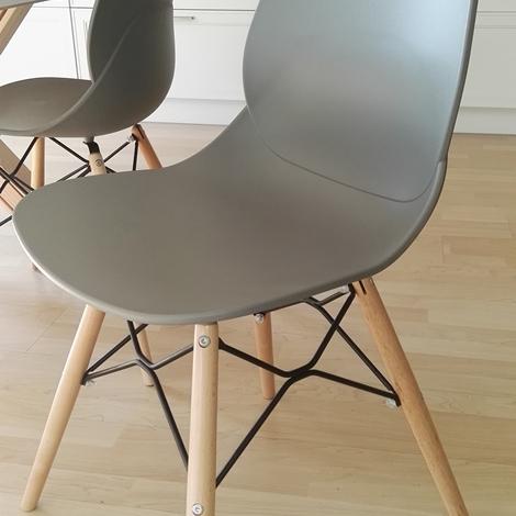 Sedia la seggiola sedia moderna in offerta sedie a for Biassoni arreda