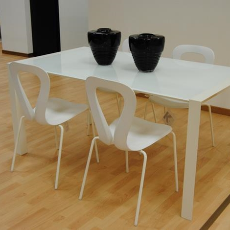 Sedia open moderna bianca a 67 00 cad sedie a prezzi for Sedia bianca moderna
