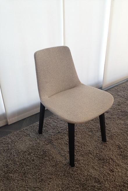 Sedia poliform ventura scontato del 32 sedie a prezzi for Poliform sedie