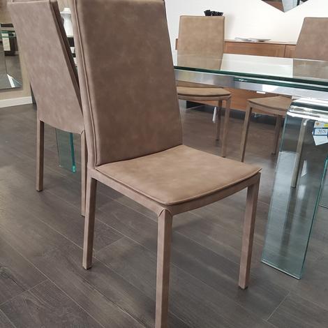 Sedia riflessi sveva pelle moderno sedie a prezzi scontati for Riflessi arredamento