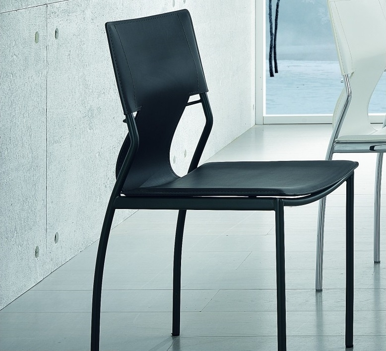 Sedia in cuoio rigenerato sedie a prezzi scontati for Sedie cuoio rigenerato
