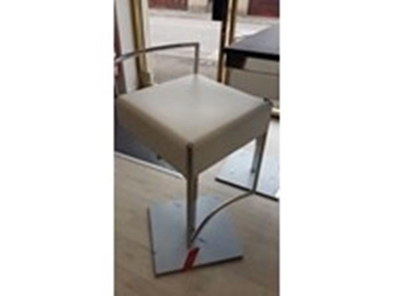 Sedia Cuoio Braccioli Metallo Silvy Midj : Sedia senza braccioli da cucina di midj a prezzo ribassato