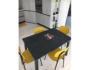 Sedia senza braccioli Tatayoung - quadro 120 Point house in Offerta Outlet