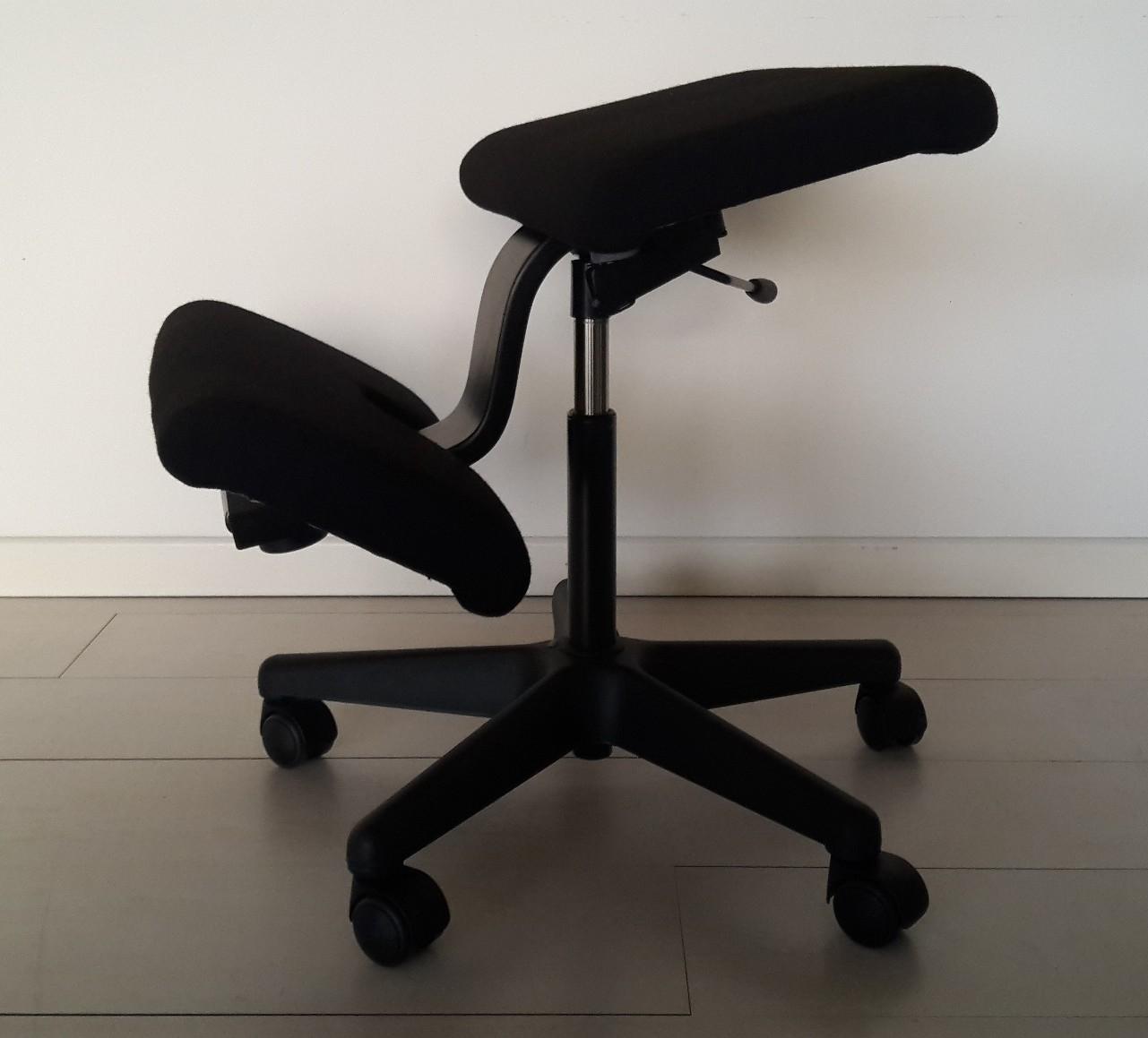 Sedia ergonomica variable varier sedia stokke variable for Sedia ufficio ginocchia