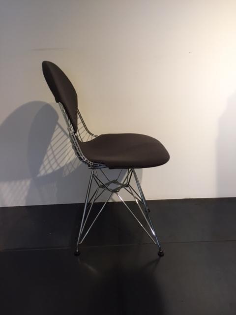 Sedia dkr 2 vitra scontata del 25 sedie a prezzi scontati for Sedia design usata
