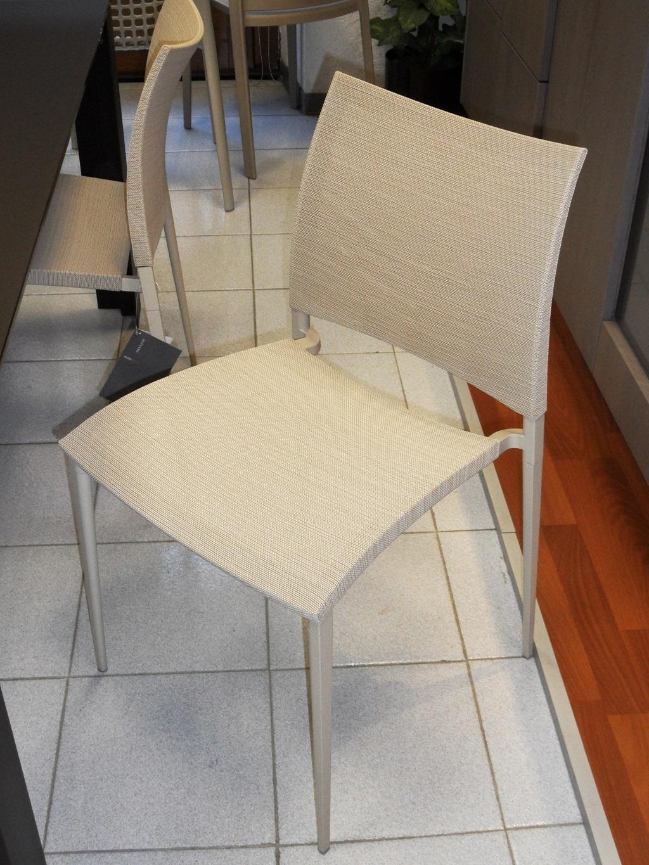 Sedie desalto scontate modello sand air sedie a prezzi for Sedie design scontate