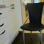 Outlet sedie offerte sedie online a prezzi scontati for Sedie nere ecopelle
