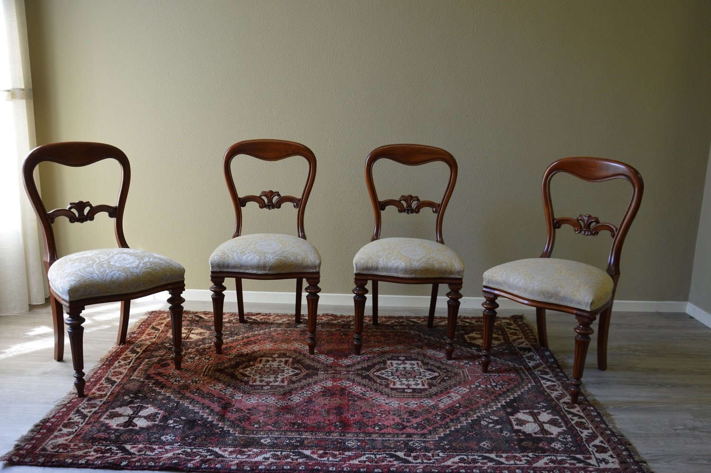 Sedie in stile per sala da pranzo di produzione - Sedie per sala pranzo ...