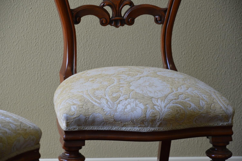 Sedie dipinte a mano prezzi design casa creativa e - Sedie in legno ikea ...