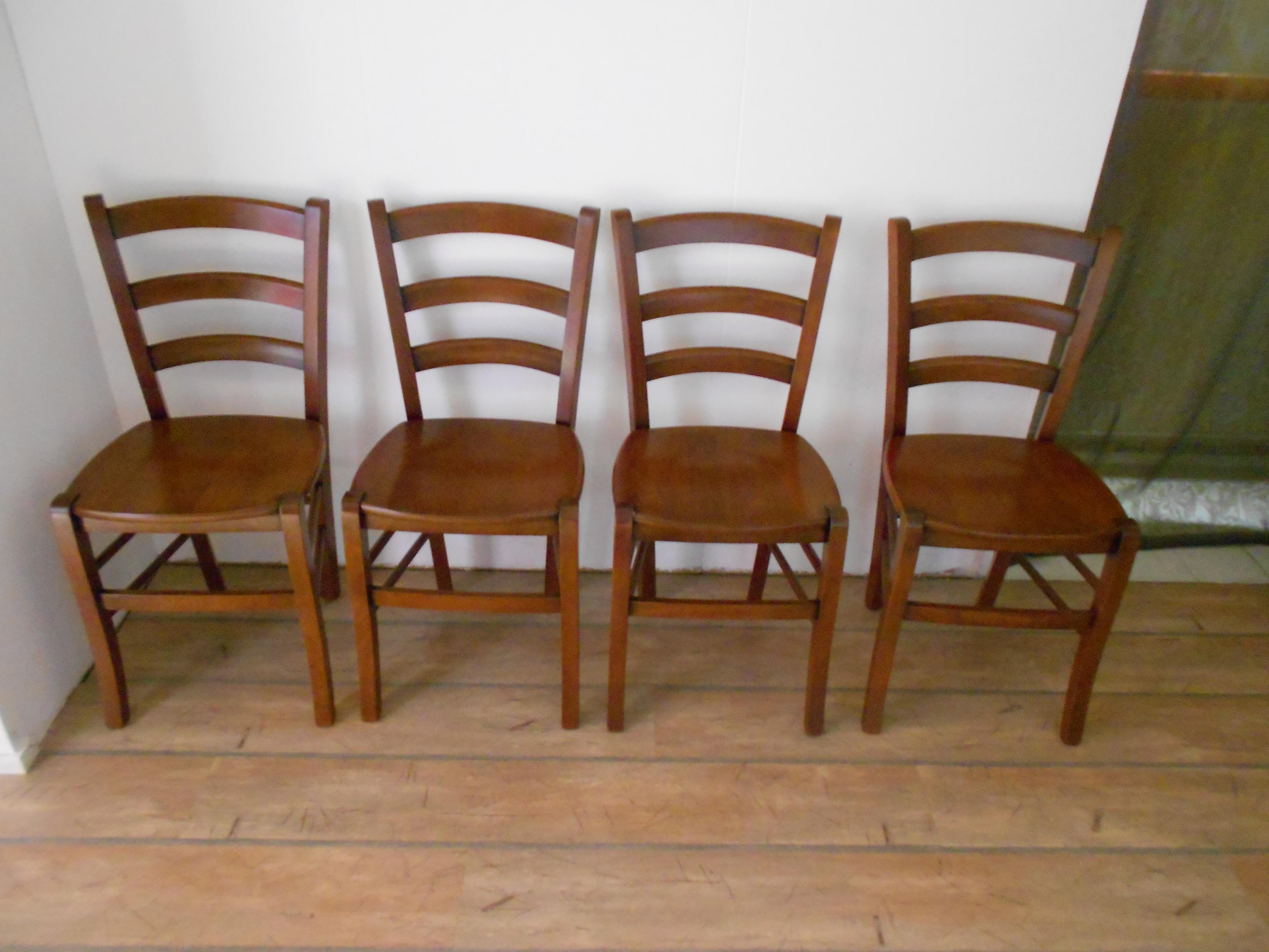 Sedie cucina prezzi excellent sedia da soggiorno moderna for Ikea sedie legno
