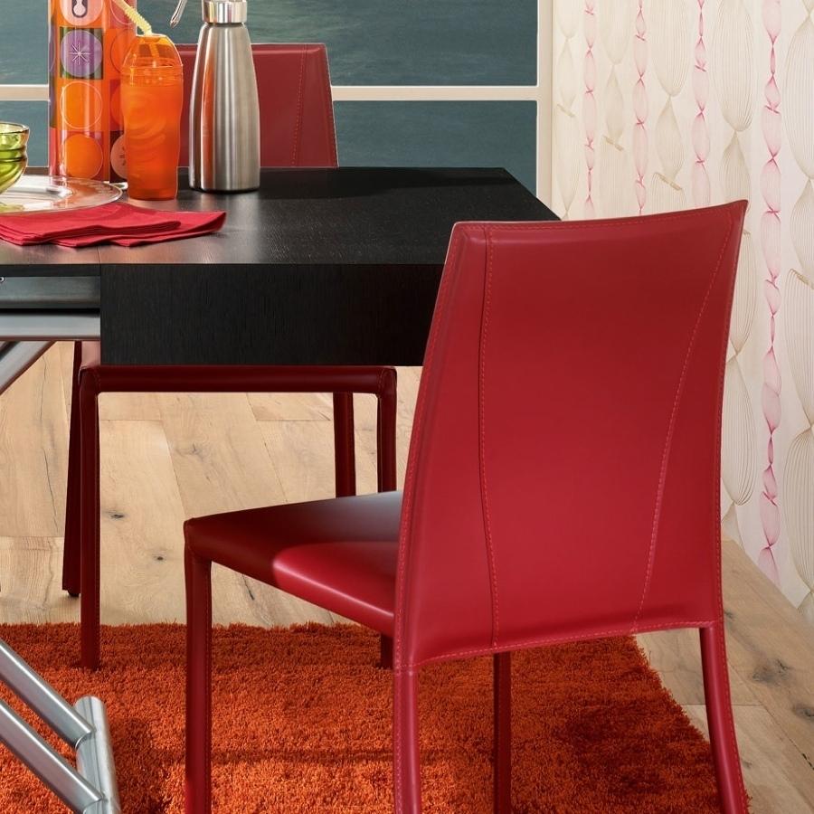 Sedie moderne modello isabel in cuoio rosso rigenerato for Sedie moderne prezzi