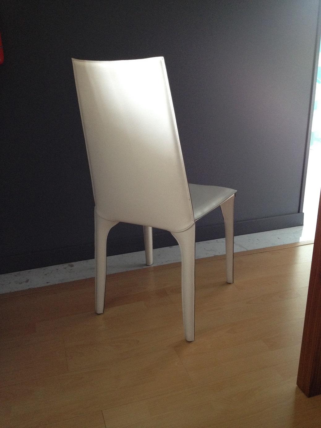 Sedie moderne ozzio scontate del 50 sedie a prezzi scontati for Sedie moderne outlet