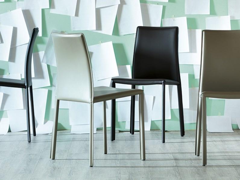Set di 4 sedie in cuoio, design by Miniforms, nuove a prezzo scontato