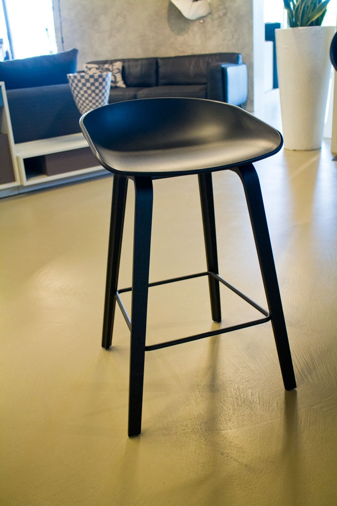 Sgabello About a Stool by Hay sconto 25%