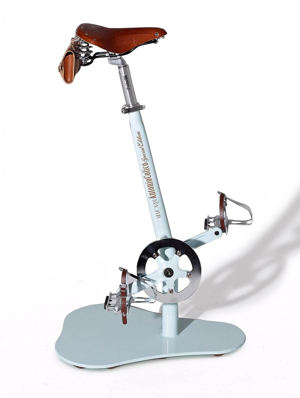 Sgabello pedal colico di design scontato del 45 sedie for Design scontato