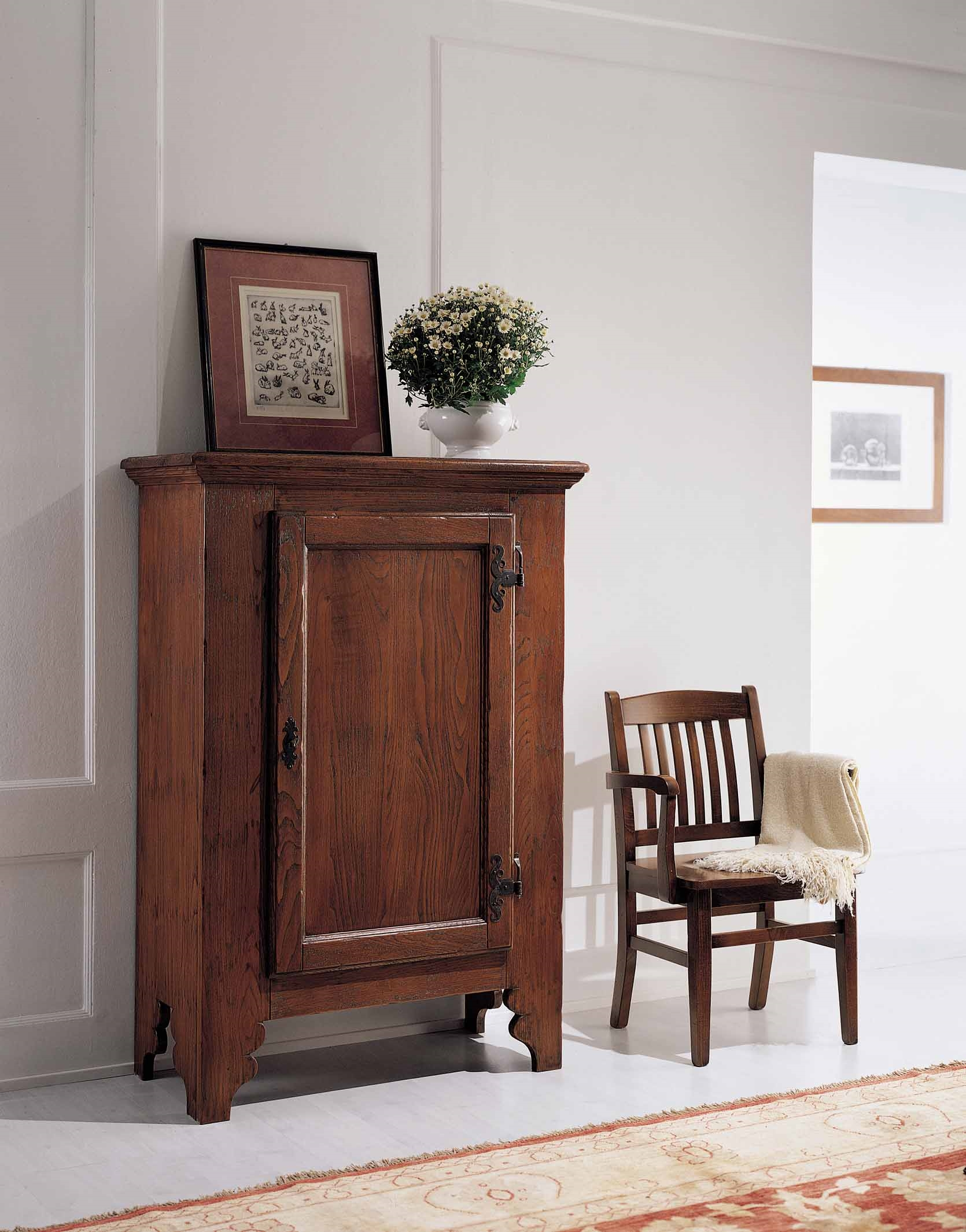 Armadietto 1 porta in legno massello collezione rialto by rossini braggion soggiorni a - Porta in legno massello ...