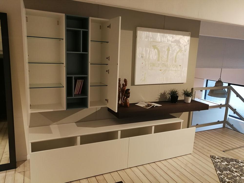 Occasione arredo soggiorno moderno scontato del 32 - Soggiorno arredamento moderno ...