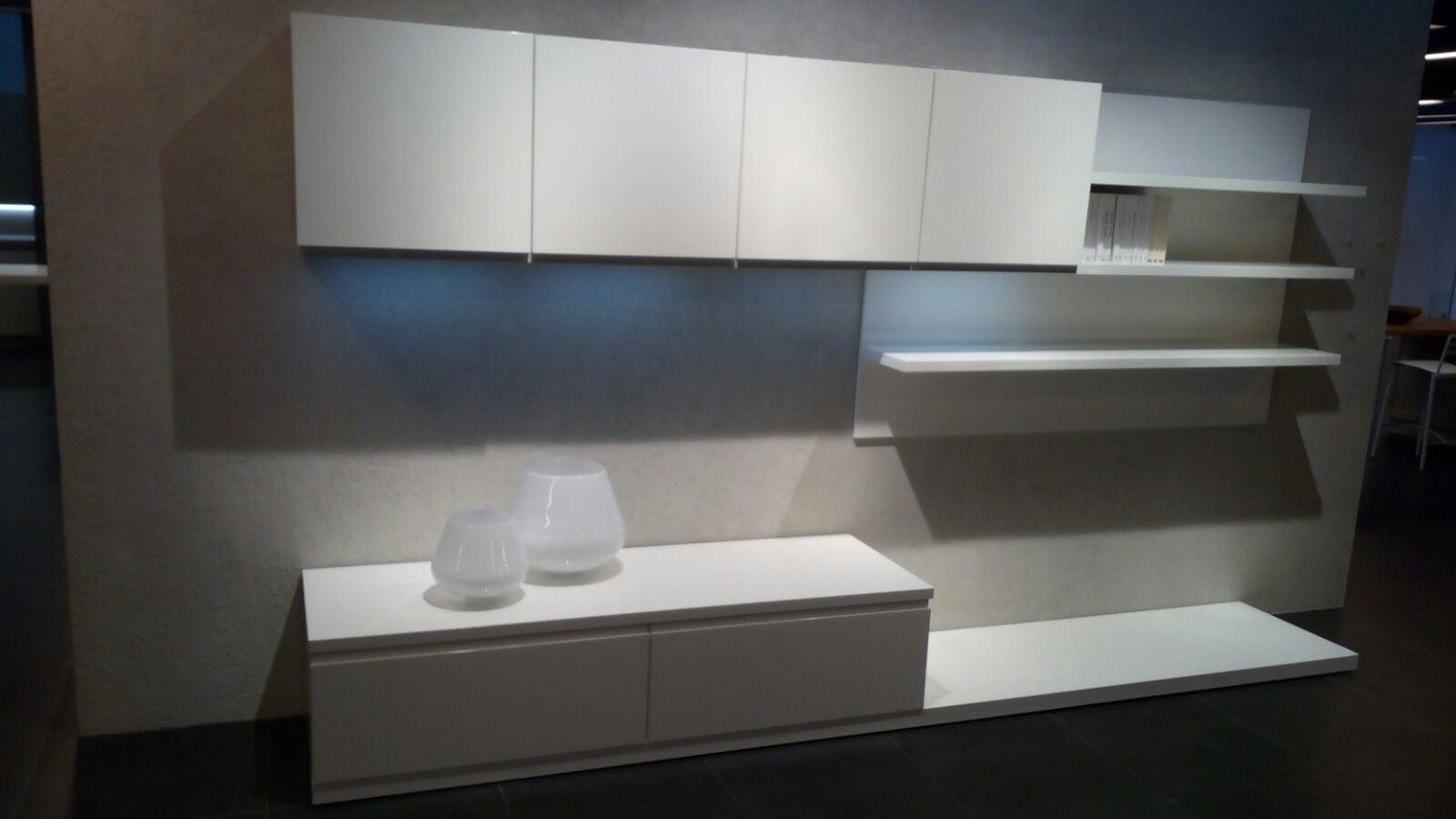 Arredo3 soggiorno wega legno pareti attrezzate design for Soggiorni pareti attrezzate