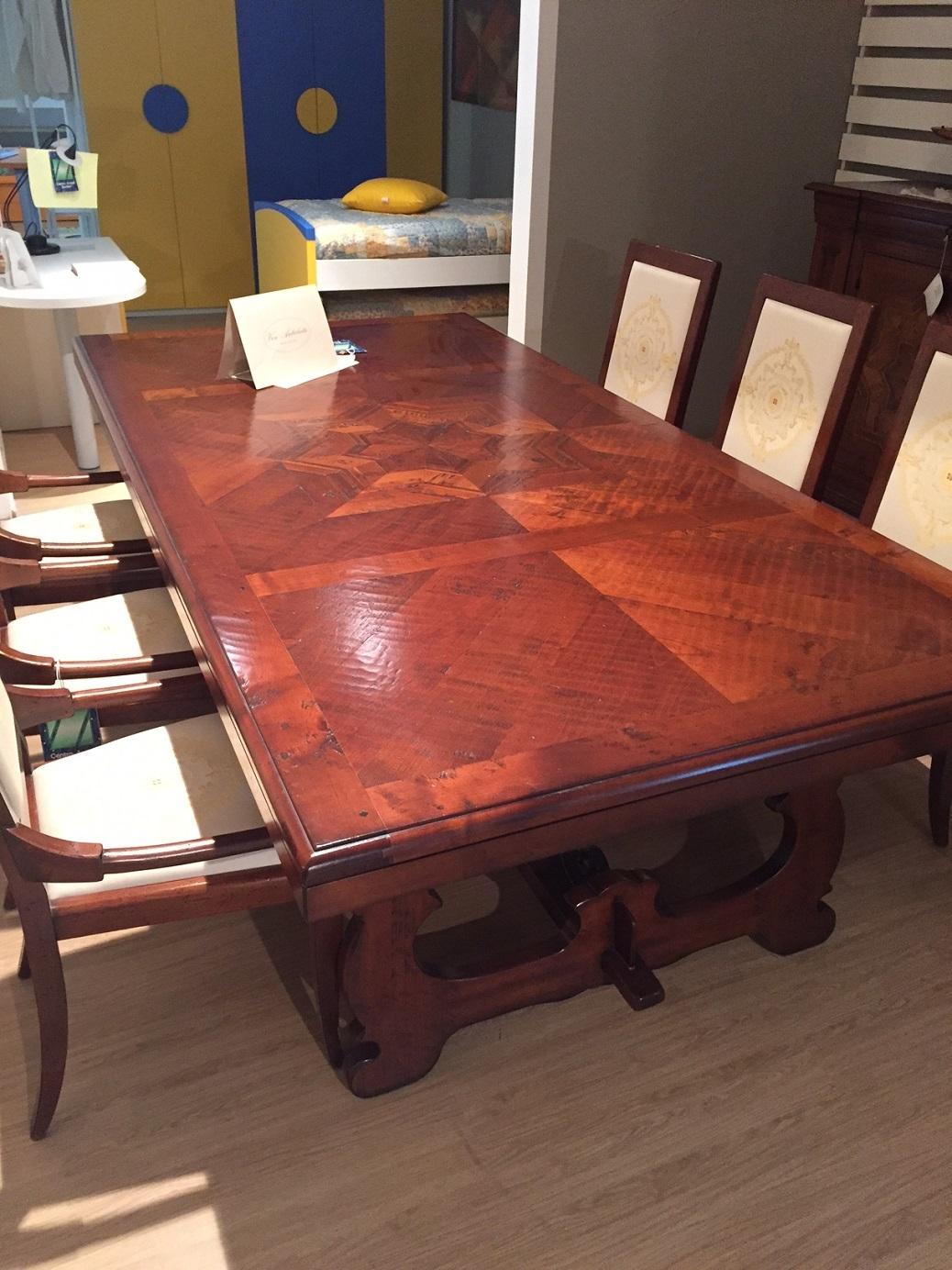 Arte Brotto Soggiorno Vere antichità: credenza tavolo con 6 sedie ...