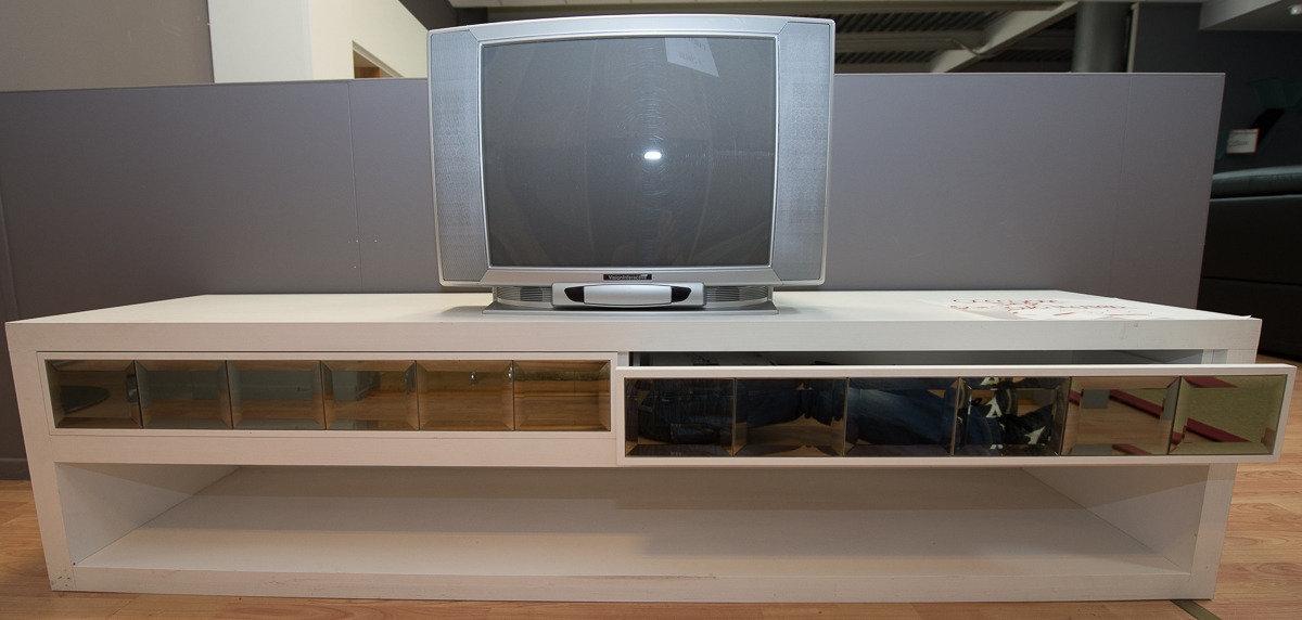 Base porta tv con 2 cassetti - Soggiorni a prezzi scontati