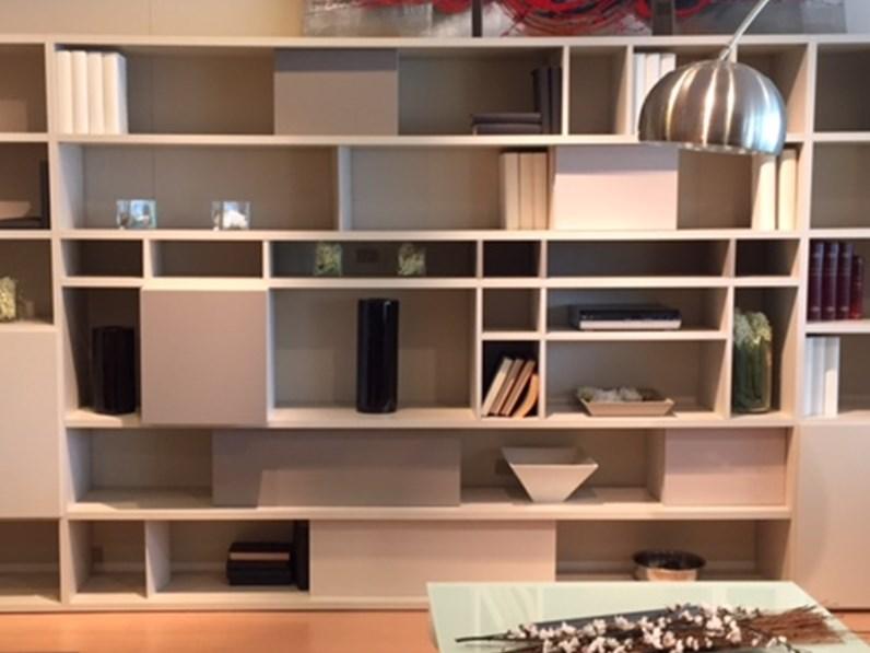 Composizione libreria doimo cityline for Dimensione casa arredamenti