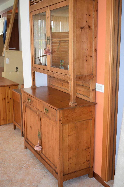 Credenza della nonna in legno antica soggiorni a prezzi - Soggiorni in legno ...