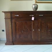 Credenzone 2 porte con intarsio in legno massello di castagno