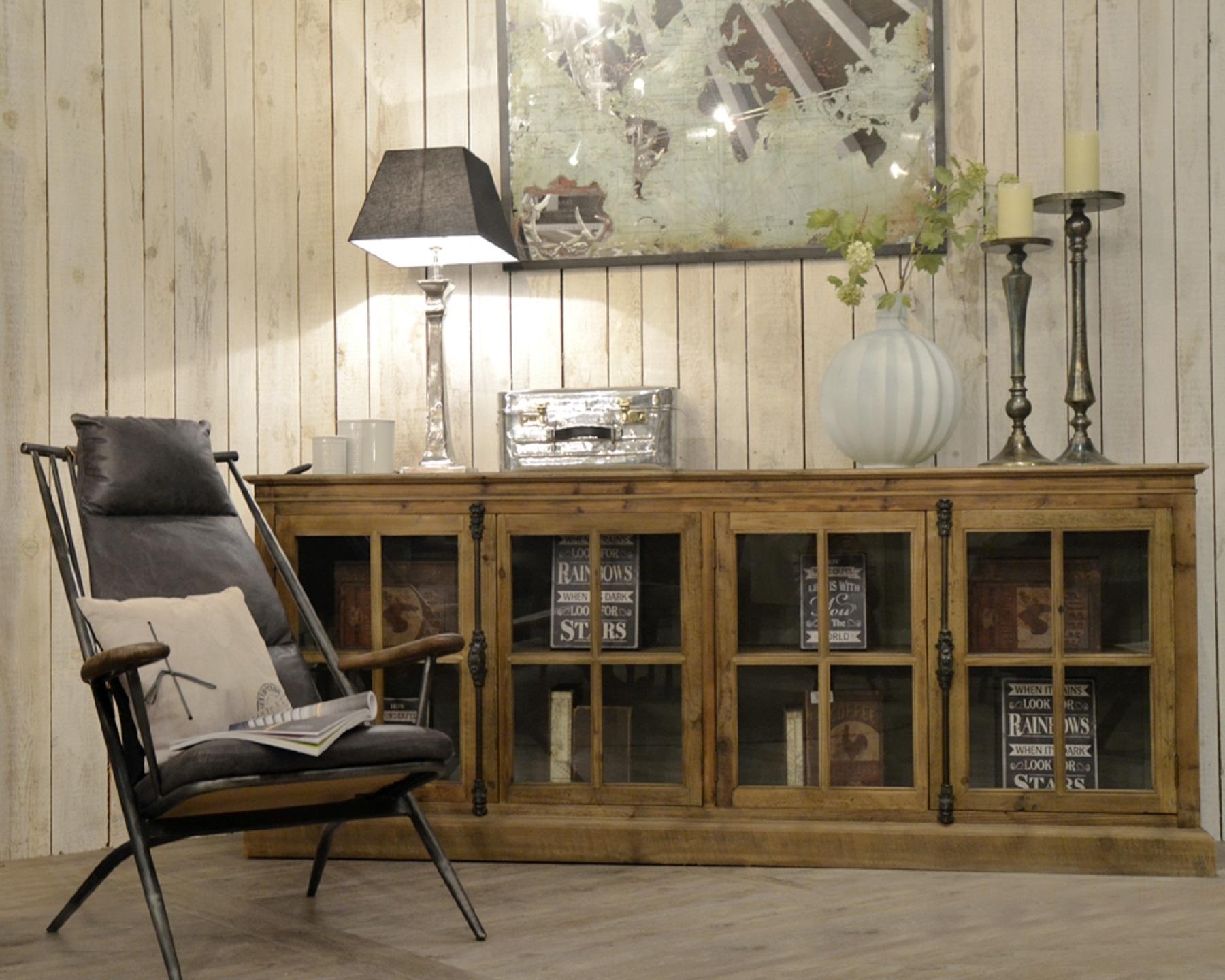 Dialma brown soggiorno madia articolo db 002338 legno for Madie design outlet