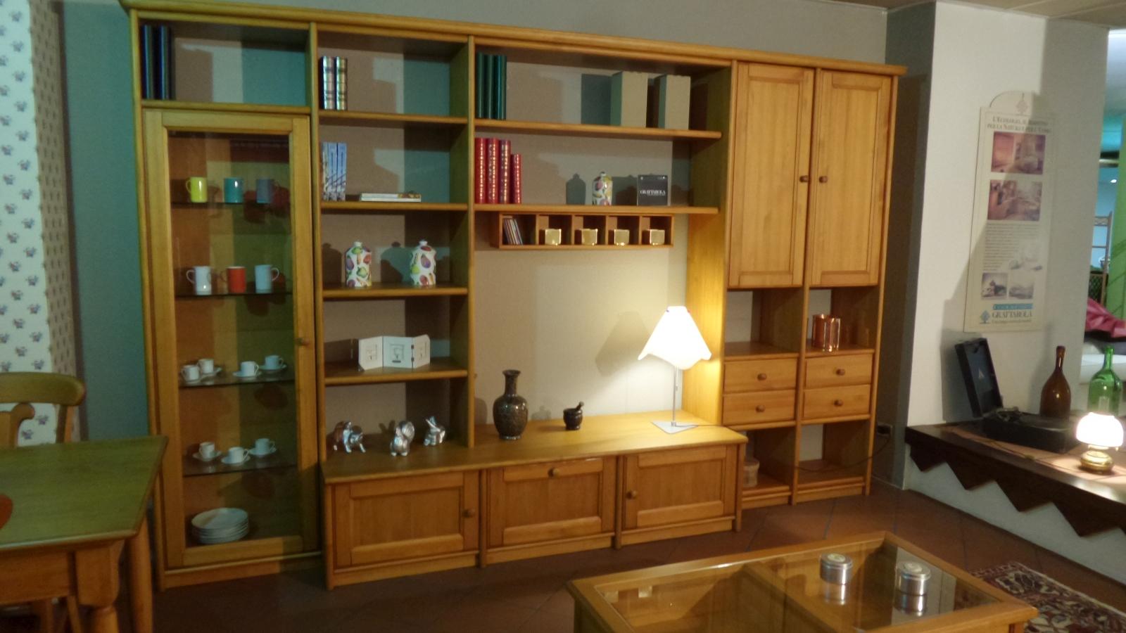 Grattarola soggiorno canard miele legno pareti attrezzate for Pareti attrezzate soggiorno