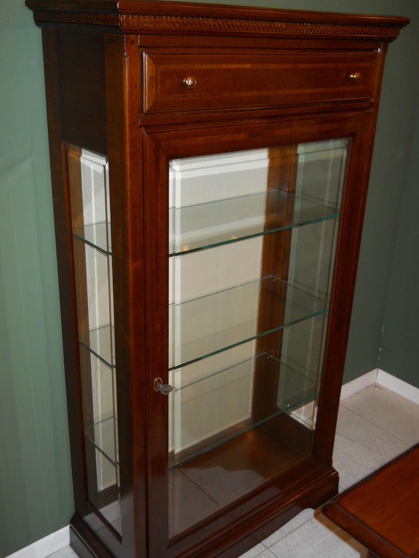 Soggiorno vetrinetta in legno massello legno vetrinette - Mobili soggiorno legno massello ...