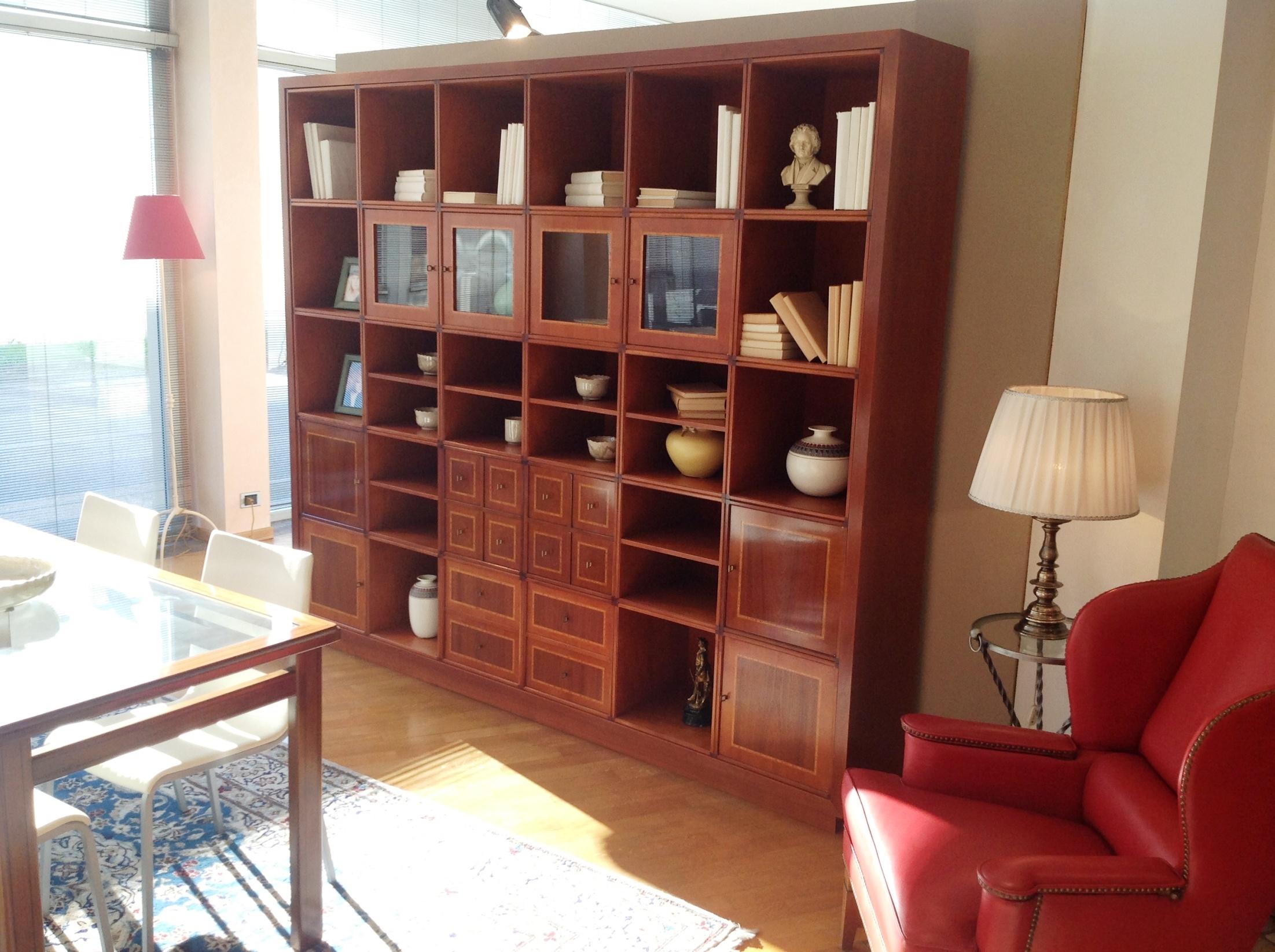Libreria Annibale Colombo in legno di ciliegio con parti intarsiate ...