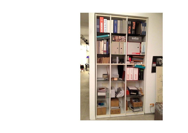 Libreria artigianale scontata soggiorni a prezzi scontati for Elenco outlet arredamento