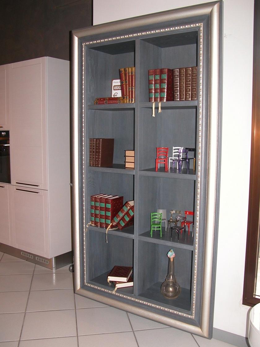 Libreria artigianale sospesa in massello sottocosto for Libreria a muro sospesa