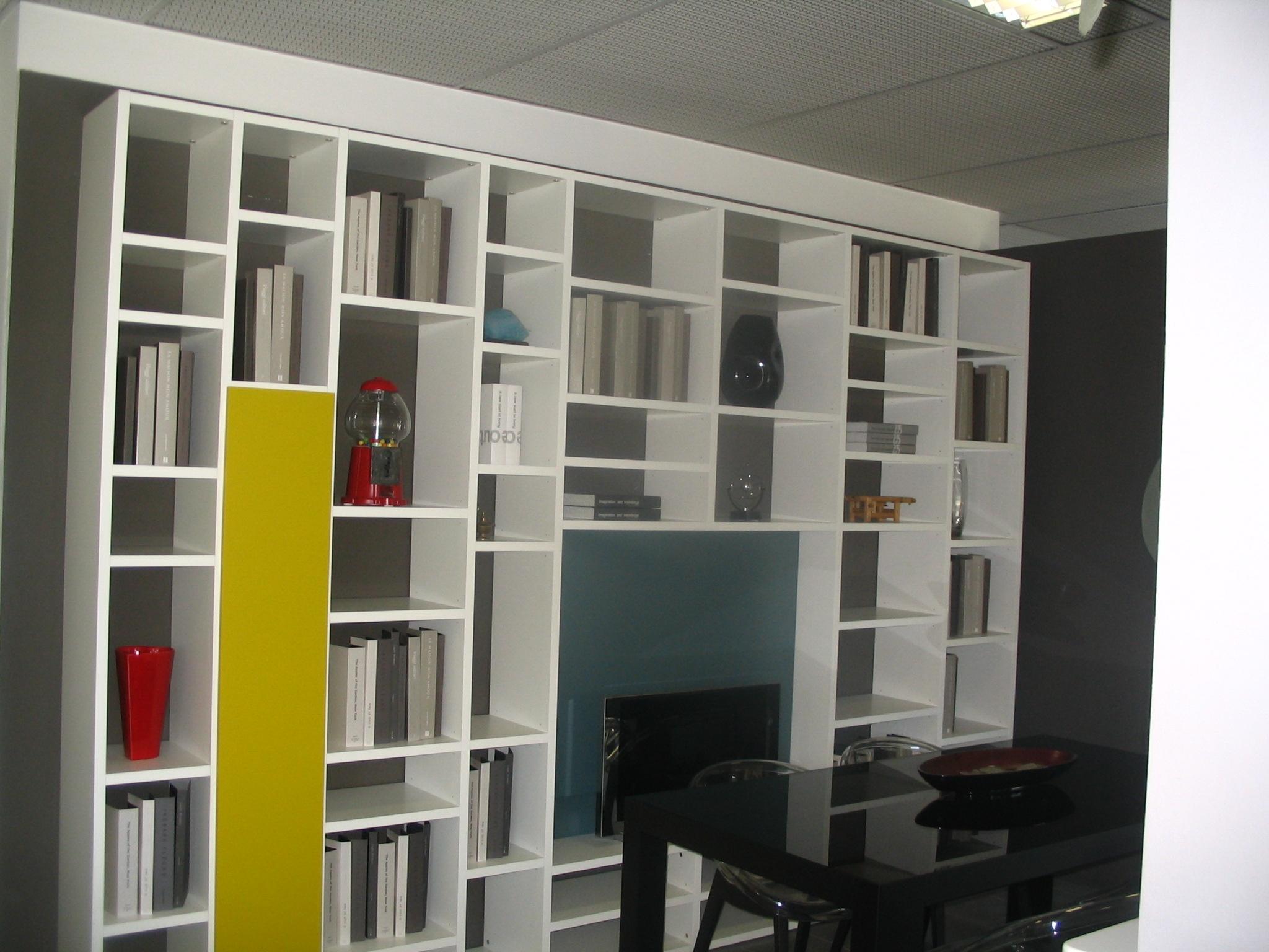 Soggiorno lema selecta laccato opaco librerie moderno for Librerie design outlet