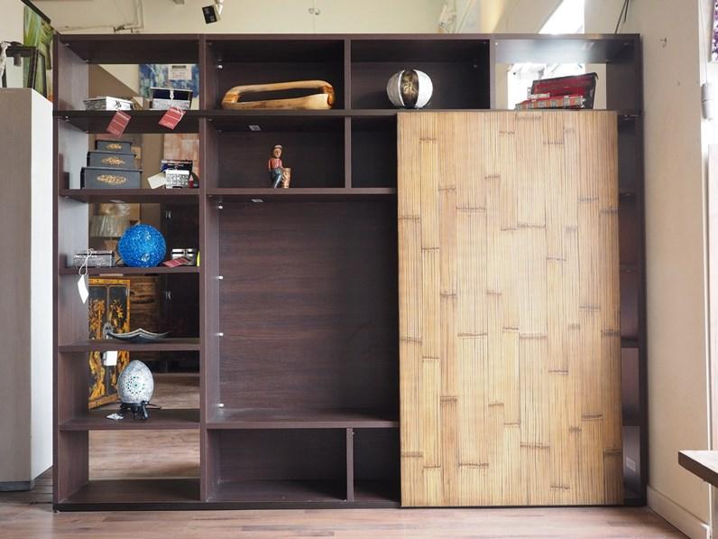 Libreria etnico moderna con anta scorrevole in legno vano for Mobili etnici usati
