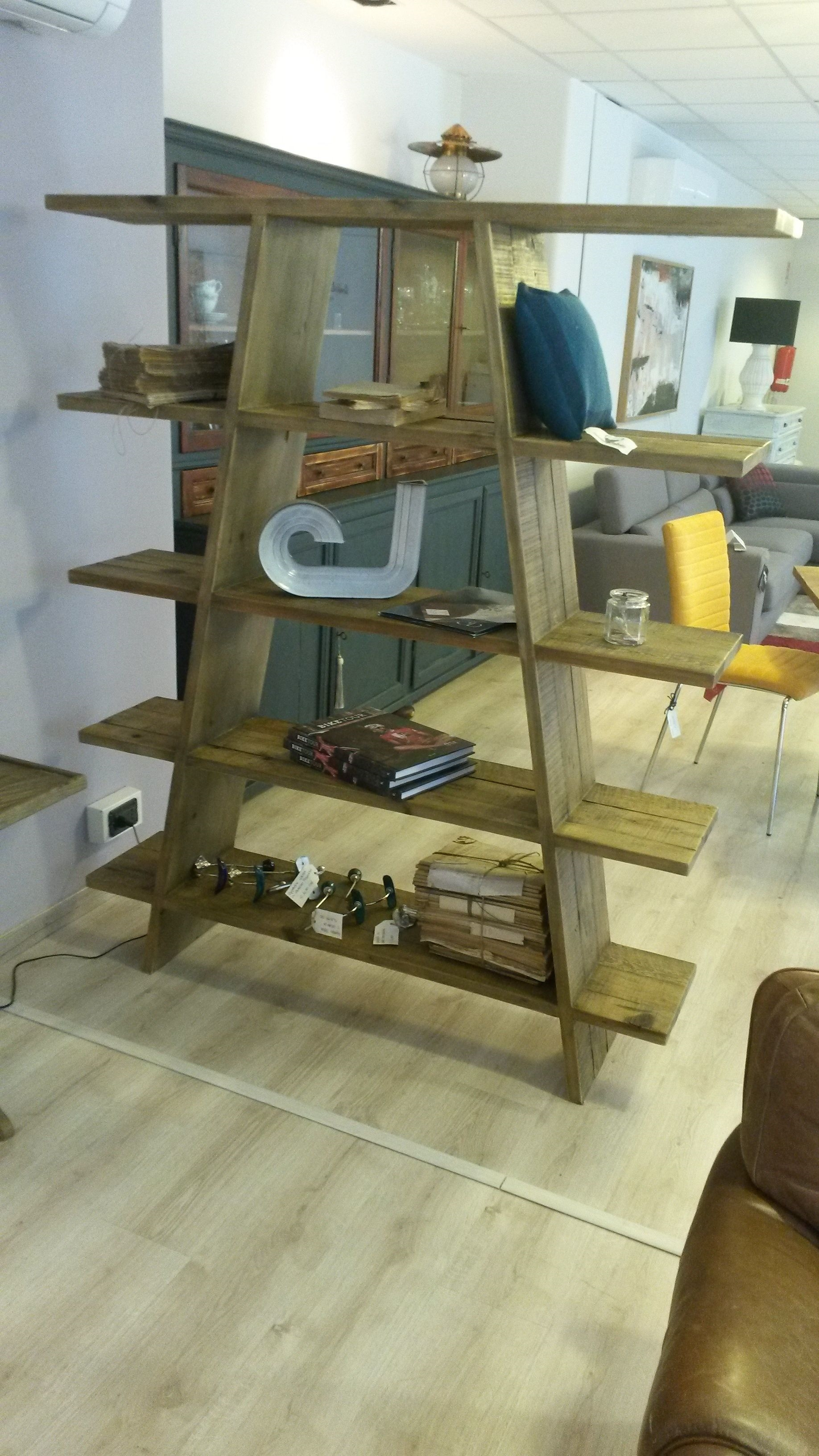 Libreria in legno dialma brown bifacciale soggiorni a - Soggiorni in legno ...