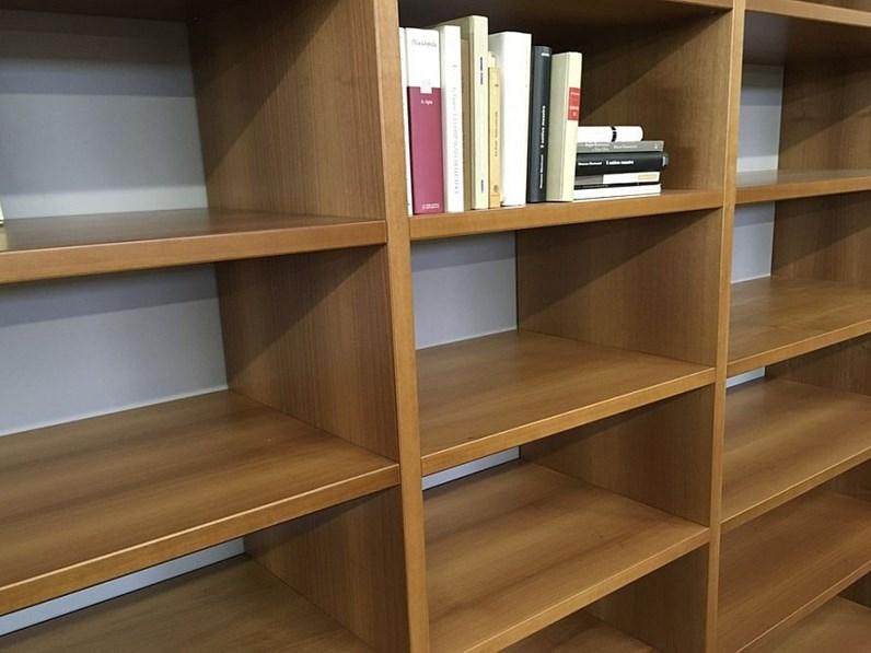 Libreria in legno stile moderno gavazzi di distribuzione for Piani di libreria stile artigiano