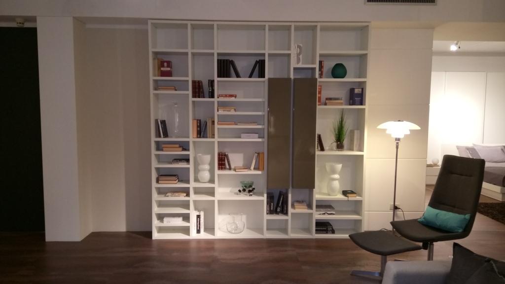 Casa moderna bianca home design e interior ideas for Casa moderna bianca