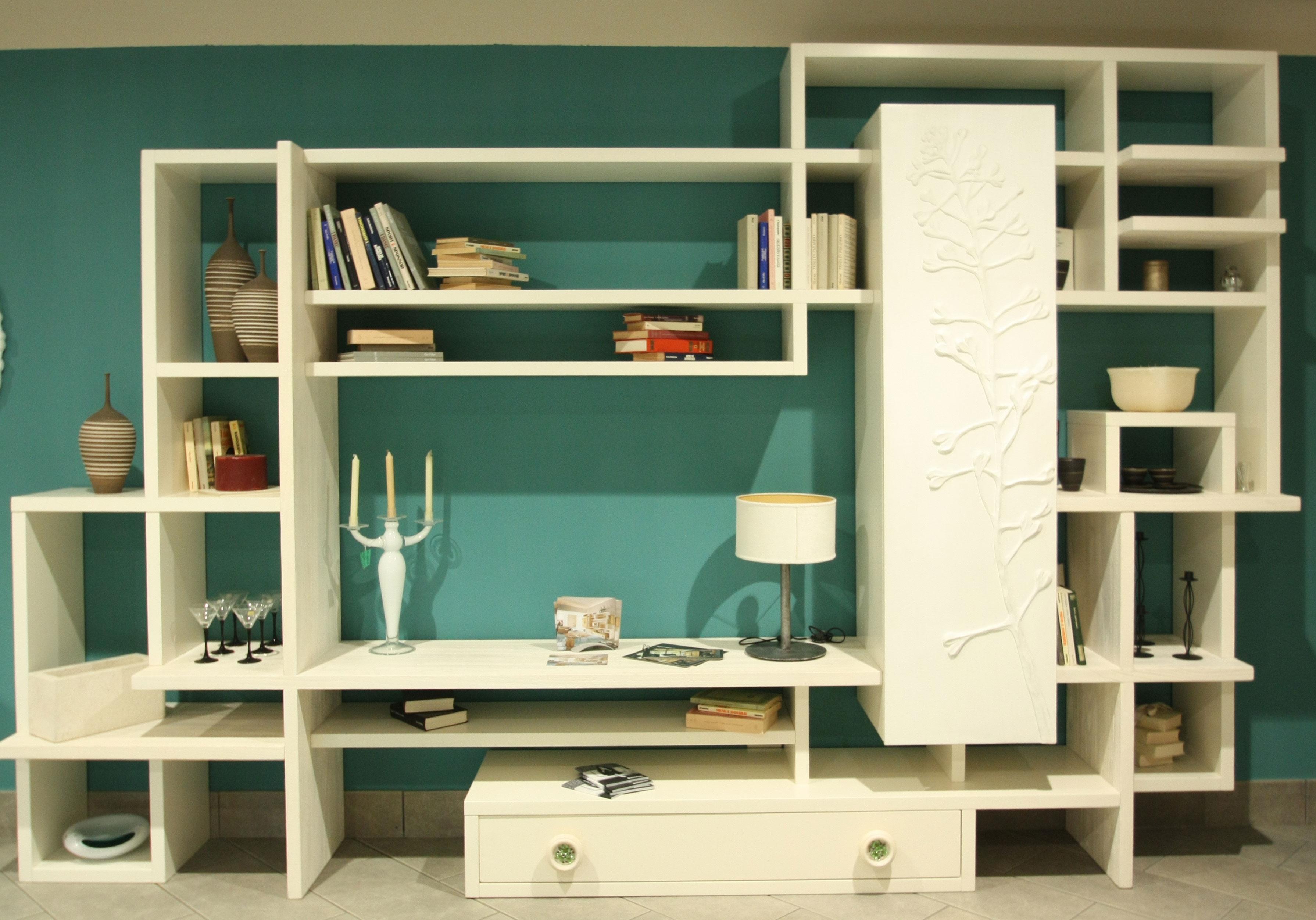 Libreria marchetti in legno massello offerta esposizione for Camerette in legno massello