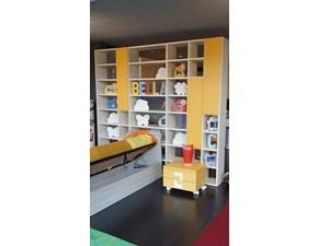 Libreria Over magnolia Doimo cityline in laminato opaco a prezzo scontato