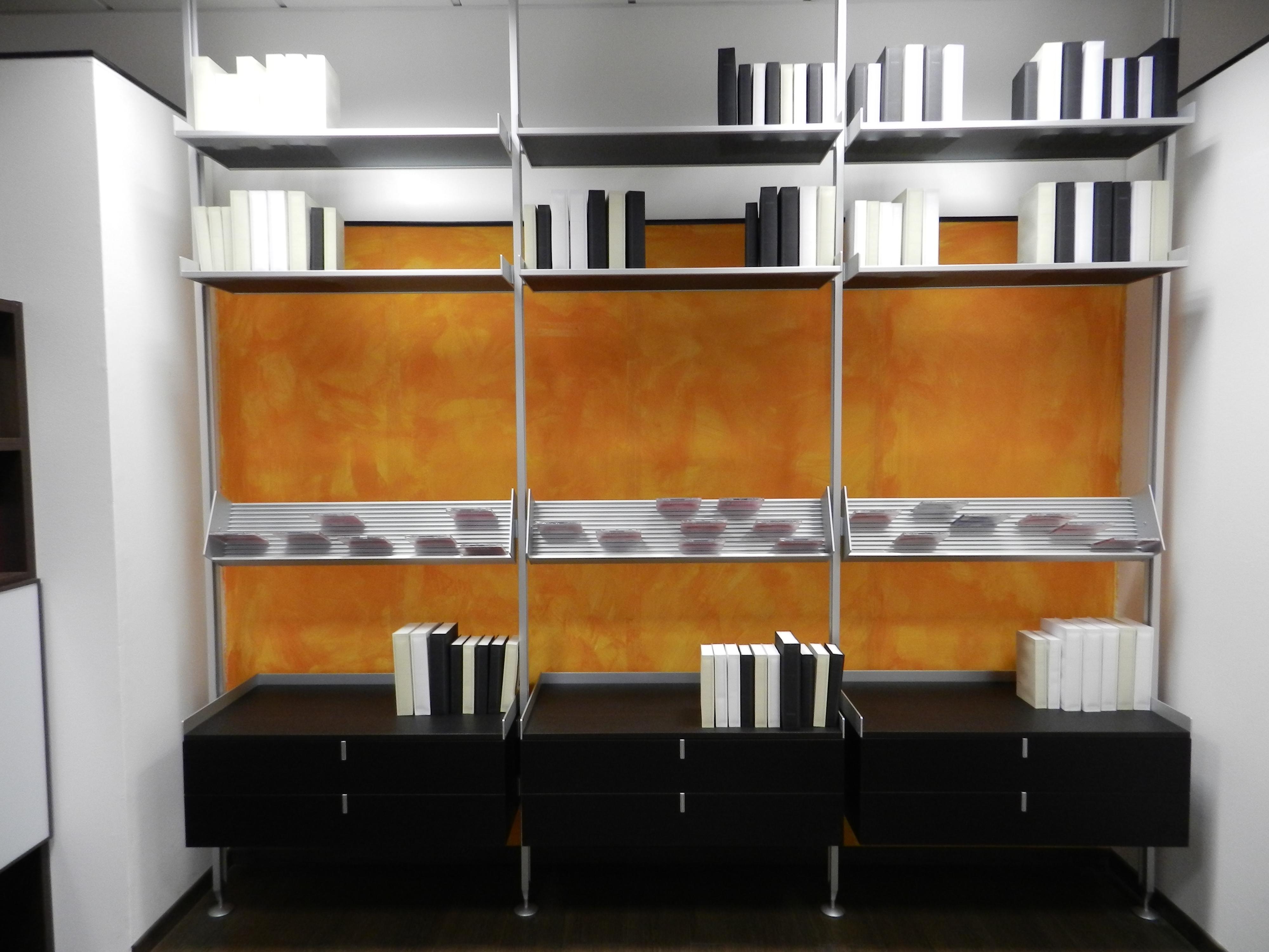 Soggiorno rimadesio zenit vetro librerie moderno for Libreria soggiorno moderno