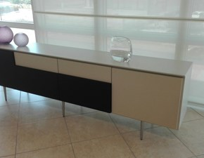 Madia in laccato opaco stile design Side board Molteni & c