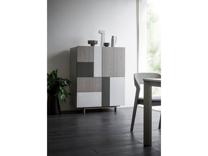 Credenza Moderna In Offerta : Madia moderna in legno di frassino laccato offerta outlet