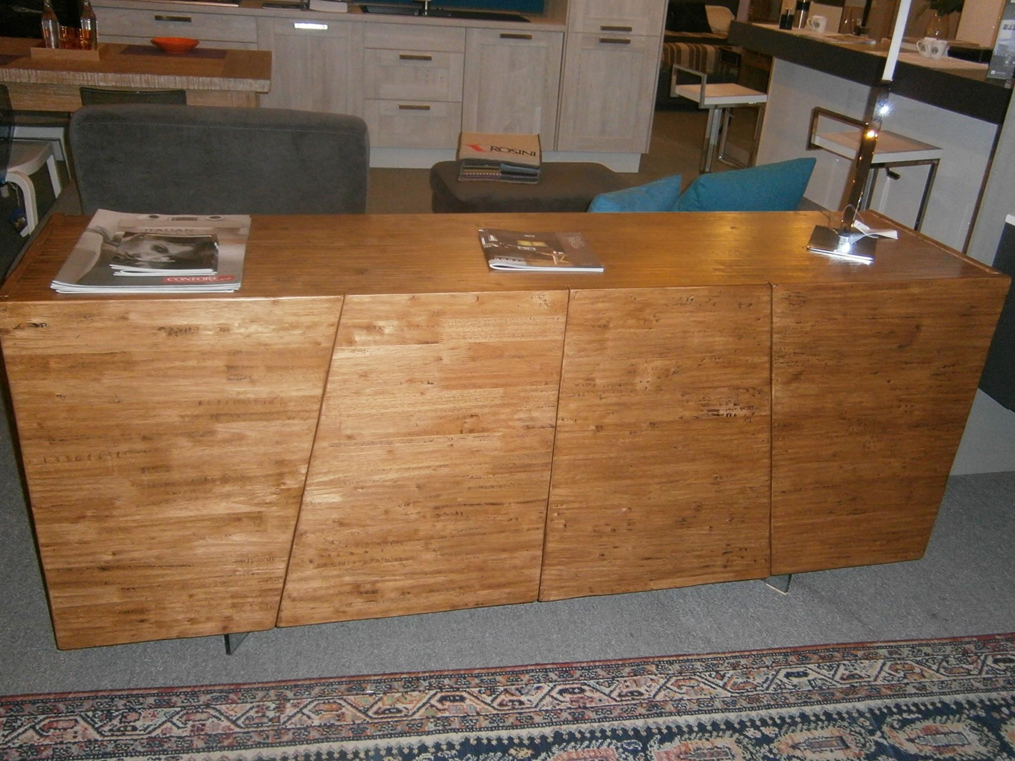 Madia dsquare 4 ante fgf in legno massello finitura groove soggiorni a prezzi scontati - Soggiorni in legno ...